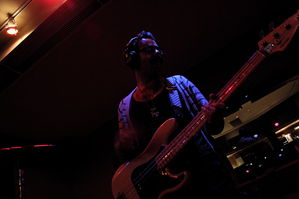 Joe-Ginsberg-on-bass